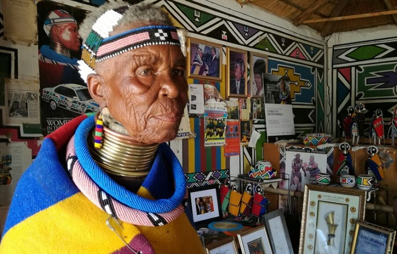 Ndebele car art Esther Mahlangu