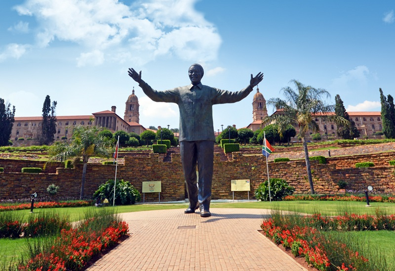 Nelson Mandela statue Union Buildings