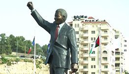 SA artists erect Mandela statue in Palestine