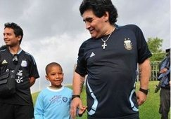 Maradona checks in with South Africa