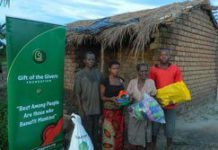 South Africans help flood-stricken nations