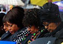 Women gather to pray for Mandela