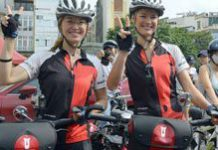 South African sisters ride for rhinos
