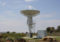 New antenna for satellite centre