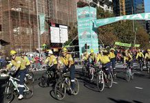 Cape Town Cycle Tour honours firefighting volunteers