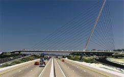 'Iconic' walkway bridge to connect Alexandra
