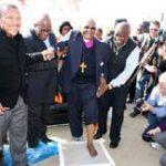 Tutu leaves his mark on Maropeng
