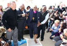 Tutu leaves his mark on Maropeng
