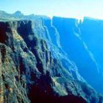 Drakensberg: barrier of spears