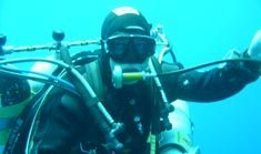South African sets diving record