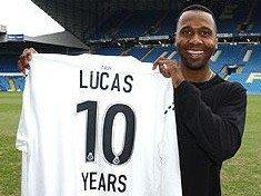 Leeds fans show Lucas the love