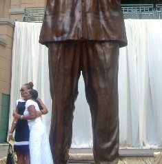 Joburg unveils Mandela statue