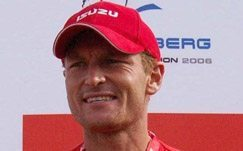 McGregor equals Berg Canoe record