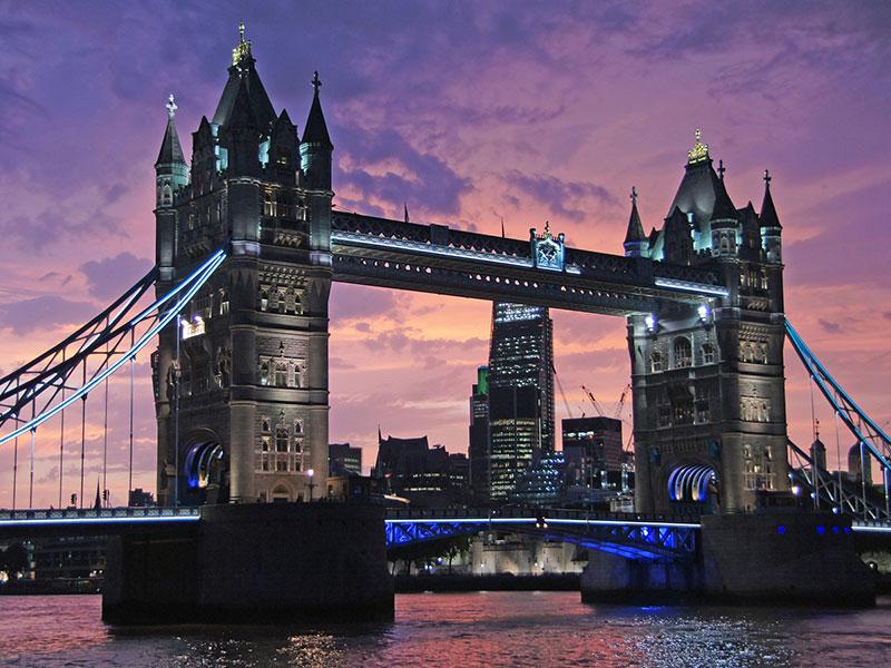 Online visa application system for the UK