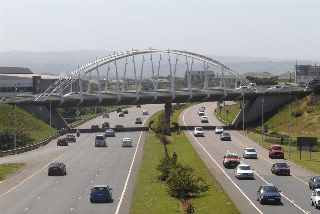 Umhlanga, KwaZulu-Natal province: Bridge and highway