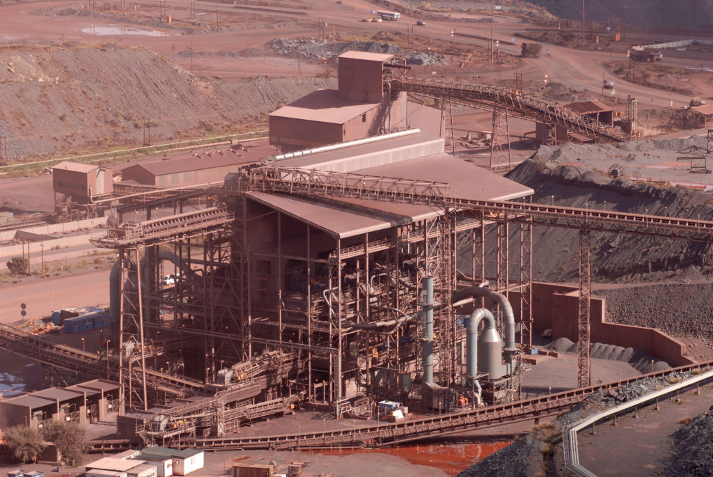 Northern Cape province: Sishen open-cast iron-ore mine