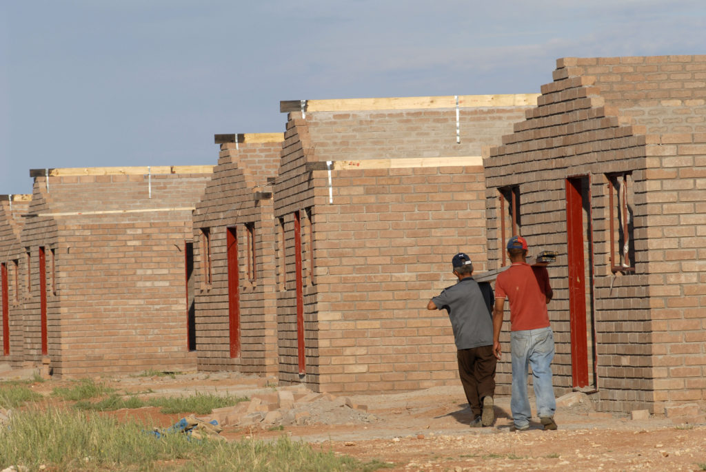 Upington, Northern Cape province: 100 low-cost houses