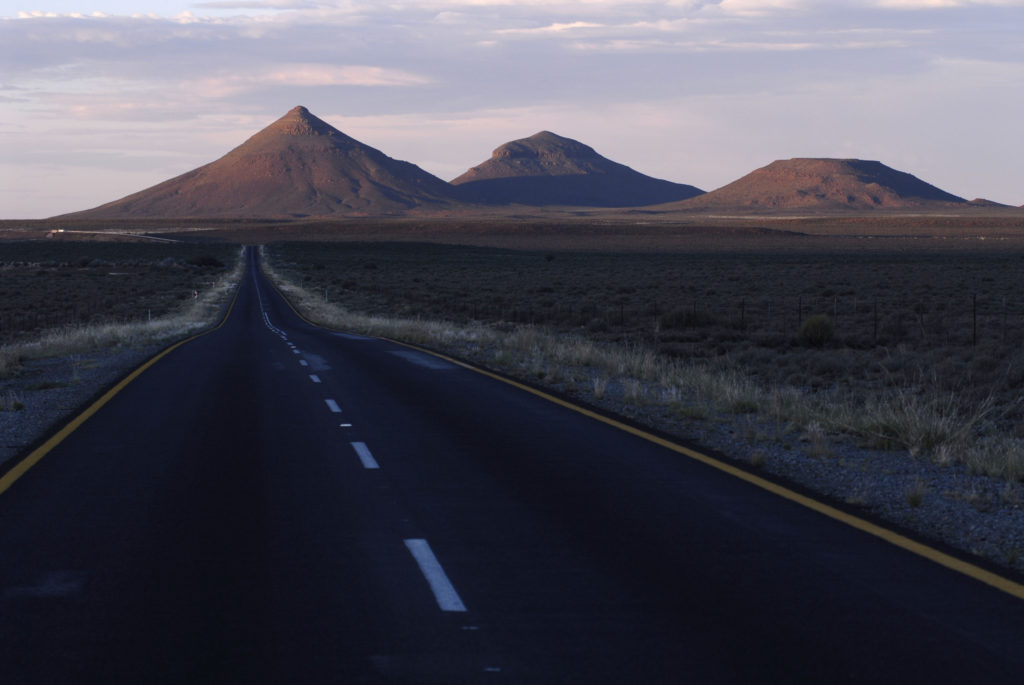 South Africa, Northern Cape Province: The Northern Cape roads