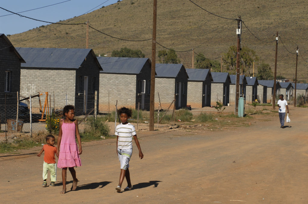Victoria West, Northern Cape: New housing with Eskom power installations