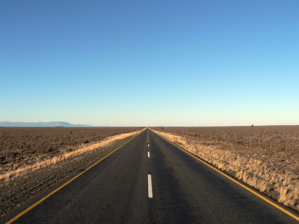 Western Cape province: Road in the Karoo