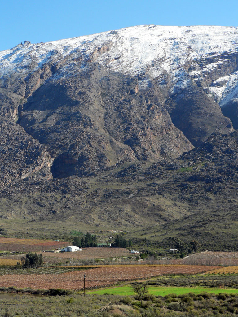 Western Cape province: Snowfall on the mountains in the Hex River Valley