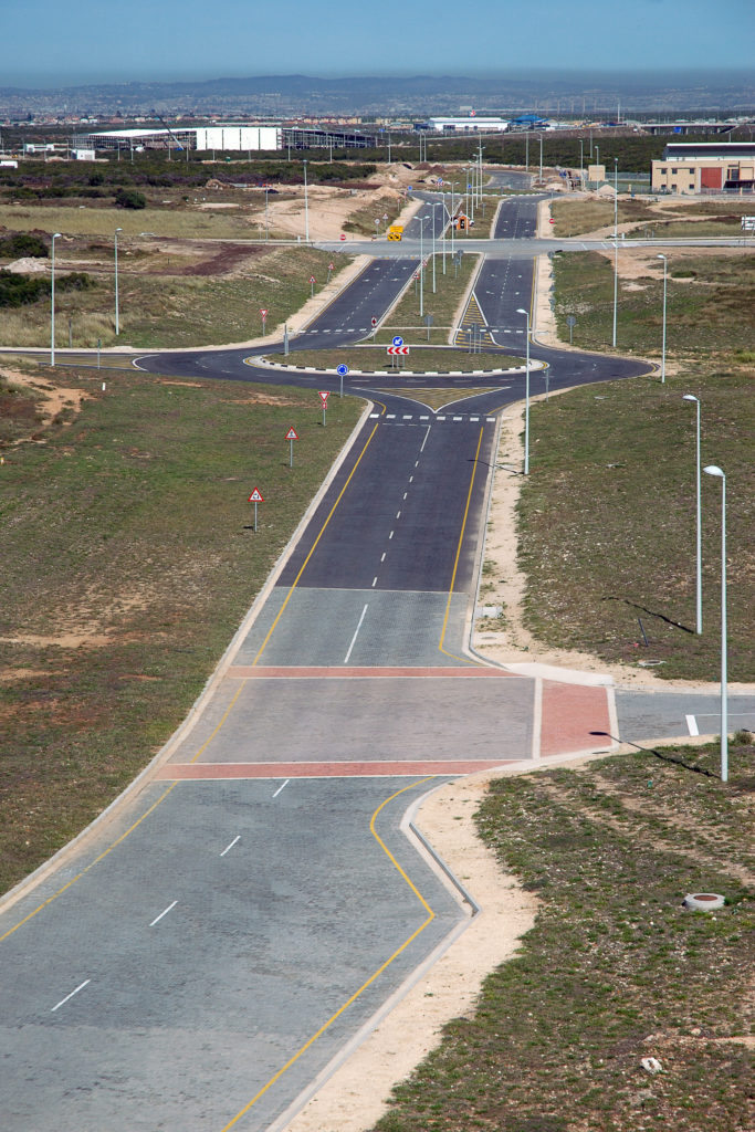 Eastern Cape province: The new system of roads, Coega Industrial Development Zone