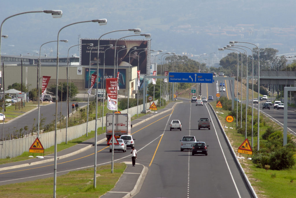 Cape Town, Western Cape province: The road out of Cape Town International Airport