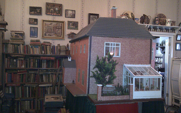 lindfield doll house2 art