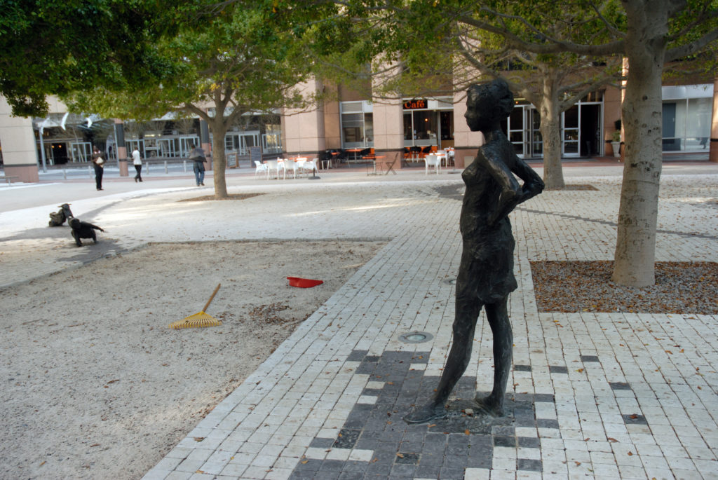 Cape Town, Western Cape province: A sculpture of a woman and child in the city centre