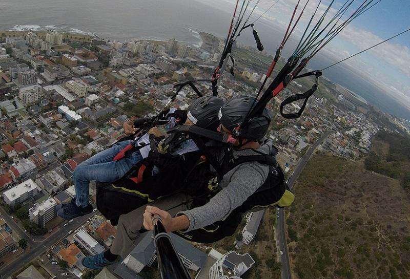 durban woman nisha varghese paraglides