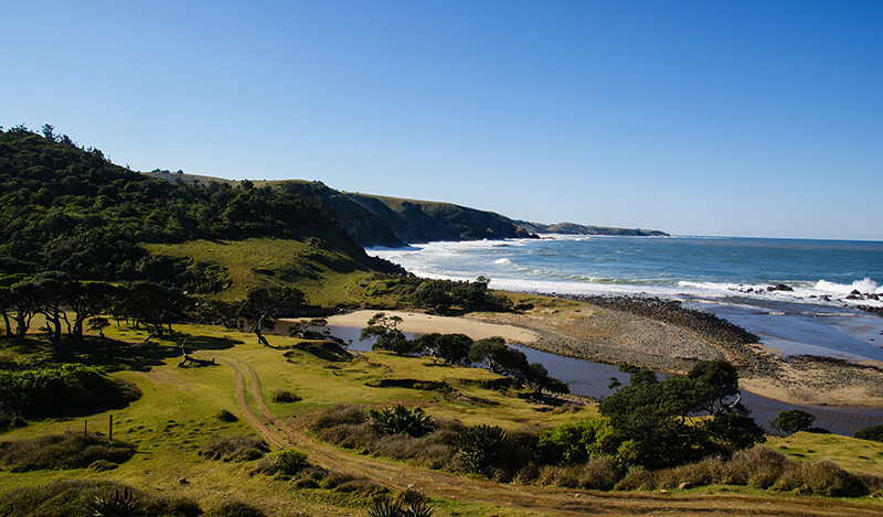 Coffee Bay: Coffee Bay is a rustic beachcomber village, close to Port St Johns on the Eastern Cape coast, offering fishing, swimming and diving for visitors looking for a tranquil but adventurous ocean experience. (Image: Pank Seelen, Flickr)