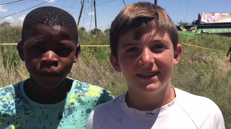 Young South Africans Mokoni Chaka and Evert du Preez acted bravely during the Hennenman–Kroonstad train accident.