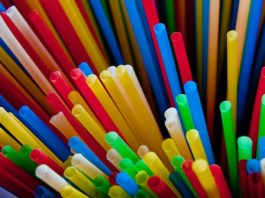 Ocean Basket is the first major South African restaurant chain to implement a ban on plastic drinking straws.