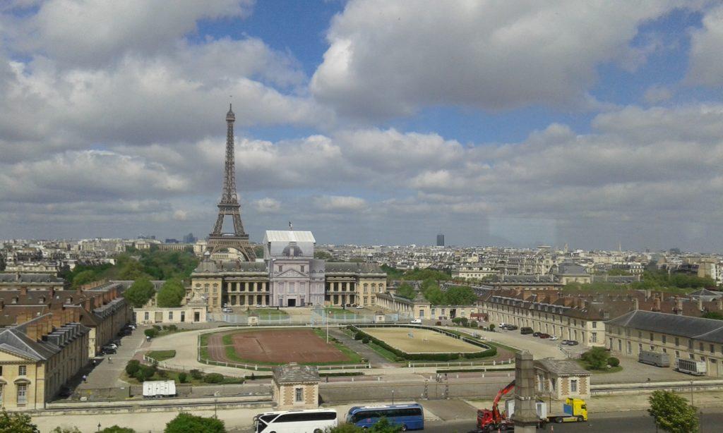 Paris-OUTLINE