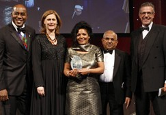 June Bam-Hutchison (centre) flanked by celebrity chef Ainsley Harriott, UK First Lady Sarah Brown, Asian Media & Marketing Group Editor-in-Chief Ramniklal Solanki CBE, and Robin Bailey of sponsor Nationwide