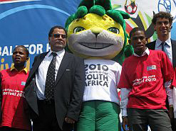 Team Alexandra's players with LOC CEO Danny <br>Jordaan, Zakumi and Fifa's Federico Addiechi