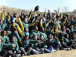 South African students writing thenational matric exams in 2010 managedto score a 67.8% pass rate – a 7.2%improvement on the previous year's result.