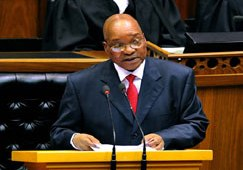 South African President Jacob Zuma delivers his State of the Nation address in Parliament, Cape Town, 10 February 2011 (Photo: GCIS)