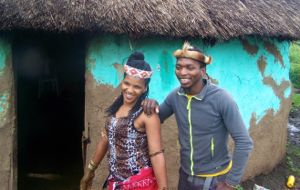 Sangoma Khulela and his girlfriend Macabi are sangomas. Guests are invited to visit them and learn about sangomas, their place in society, value and importance. It is even possible for guests to have a consultations with them.