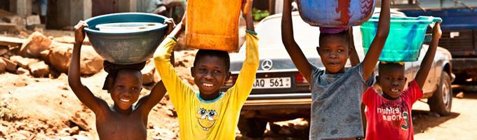 water for the kids- eduardo fonseca arraes flickr