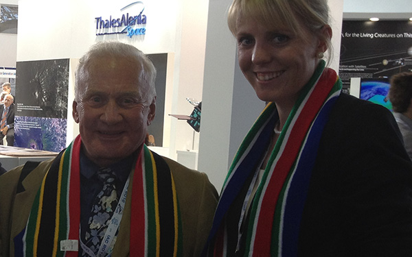 marie_botha_with_buzz_aldrin_article